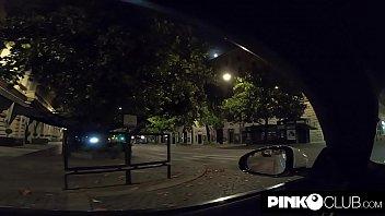 La folle notte di Amandha Fox a Roma in auto