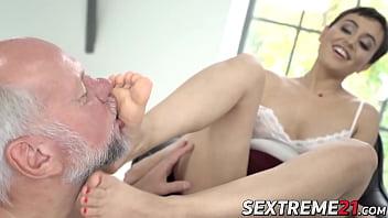 Feet worshiped babe makes grandpa cum like never before