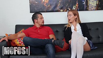 I Know That Girl - (Haley Reed) - Haley Loves Dick - MOFOS 11分钟