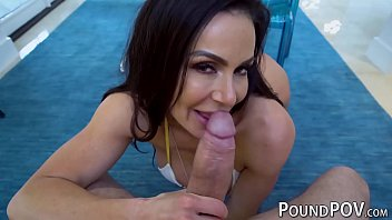 Busty MILF Kendra Lust Shows Off Reverse Cowgirl Sex In POV
