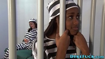 Imprisoned teen lesbians eat out and trib 6分钟