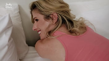 Step Mom With Fat Tits Is Stuck Making The Bed And Fucked In The Ass - Cory Chase
