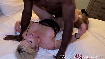 Horny Wife Rims Stripper & Fucks Huge Black Cock - Kaylynn Keys -