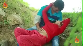 couples enjoys at bank of river