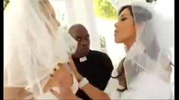 Asian bride Mobi