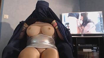 gros seins de musulmane en burka