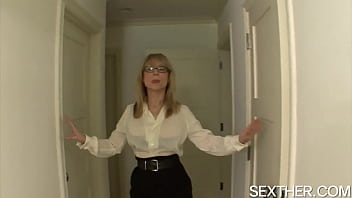 Older Woman Nina Hartley Sucking Cock and Fucking