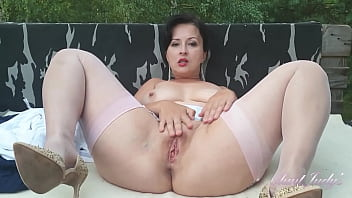 AuntJudys - Busty 43yr-old Bombshell Wanilianna - Outdoors in Stockings 20 min