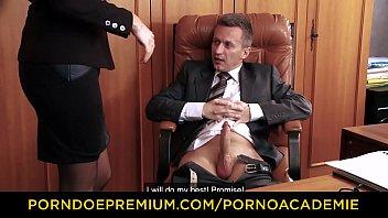 PORNO ACADEMIE - Pussy creampie for Ania Kinski in MMF threeway Vorschaubild