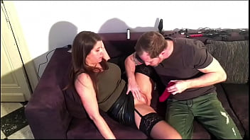 Beautiful natural breasted Belgian LadyLyne shows her sloppy blowjob an and deepthroat talents