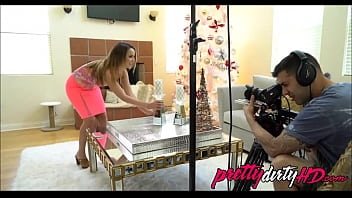 Dillion Harper Behind The Scenes