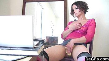 Sloppy milf masturbates while she watches a porn movie