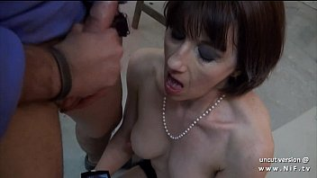 Amateur posh french milf sodomized and facialized for her sextape