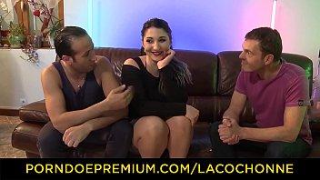 LA COCHONNE - Natural boobs French PAWG raunchy threeway sex 8 min