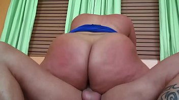 Mature latinas women - Chunky milf slides her big ass up down on a hard dick