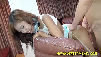 Came in her ass - Anal for cheap thai street ho
