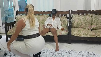Paty Butt doing a striptease for her y. cousin !!! What will happen next? 11 min