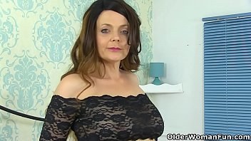Gemma atcinson sexy pics - British milf gemma gold pleases her hungry cunt with a dildo