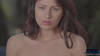 Russian MILF model Noemi Moon gives a hot striptease