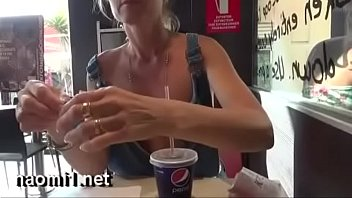 naomi compilation sex en public