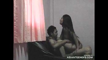 Leidenschaftlicher Sex eines echten asiatischen...