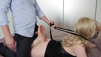 the man fiercely fucked in the legs of the girl! And he cum her evening dress! footjob