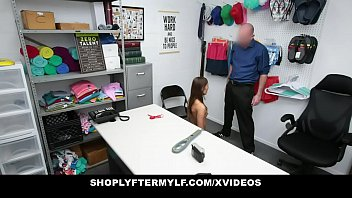 ShopLyfterMYLF - Hot Mom Banged By The Mall Security