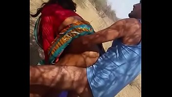 Indian aunty dogy style latest mms