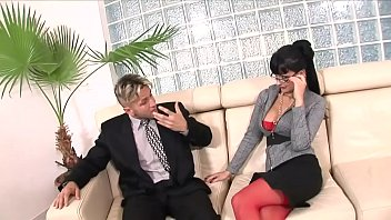 Aletta Gets Excited When She Has Oral Sex With The Boss's Son