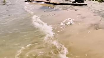 Priya bhabhi enjoying sex time with devar at beach