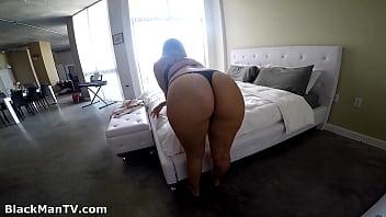 Katie Cummings in Miami Plummer