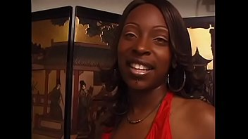 Ebony Floozie Skyy With A Gorgeous Smile Loves Getting Banged By A Black Man PornHD