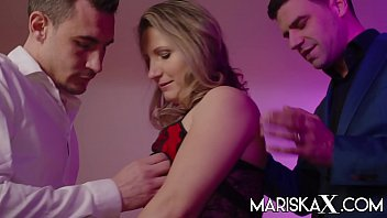 MARISKAX Blonde MILF Olga Love gets double penetrated