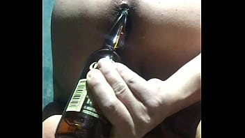 beer ass play for daddy on cam