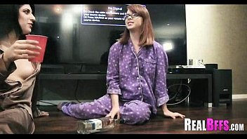 Pijama party college orgy 099