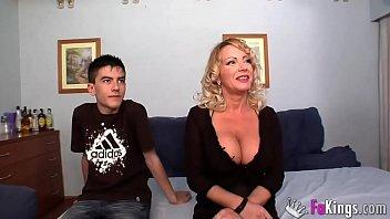 BIGGEST MILF CLUB: Bibian Norai Boobs are bigger than Jordi's head!!! thumbnail