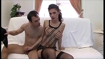 She jerks off his cock who grows in her hand