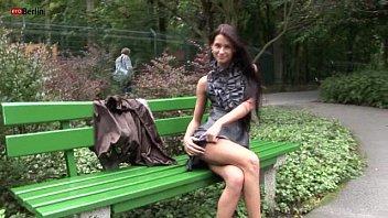 Eroberlin russian Maria nudeart Superstar open public long hair Berlin nudity 6分钟
