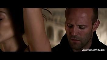 Jennifer Lopez in Parker 2013 79秒