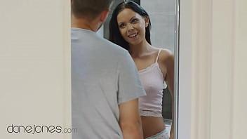 Dane Jones Czech Julia Parker gives hubby a blowjob before romantic sex