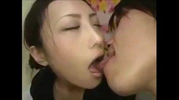 Yuki Kinoshita Kiss of a beautiful girl