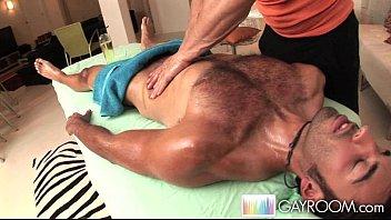 Villa gianni gay - Latino deep tissue massage.p3