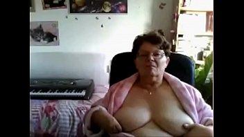 Flashing granny from webcamhooker.us big plump titties