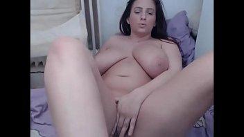 massive tits live-webcamgirls-here.com