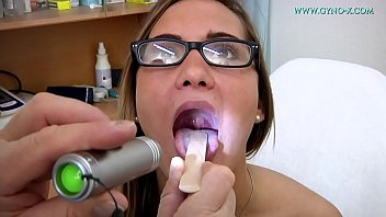 Naomi Bennet 24 years went to her gynecologist 44 min