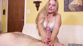 finish-Super hot babe POV handjob