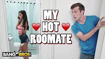 BANGBROS - Pervert Roommate Brick Danger Gets Banged By Gianna Dior 12分钟