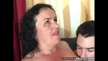 Chubby olders fuck boys - Granny receives anal
