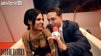 Bonnie Rotten squirts on Andrea Diprè and performs deep throat!!! Vorschaubild