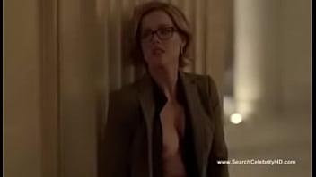 Kathleen Robertson nude - Boss S01E02 porn image